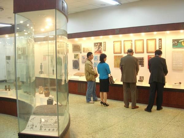 大学附属の中医薬博物館